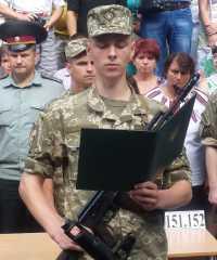 Наші випускники присягнули на вірність українському народові.
