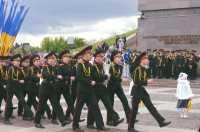 Дитячий парад перемоги. Київські кадети вшановують героїв війни